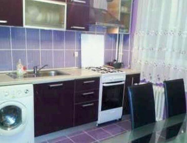 Galati – Apartament 3 camere renovat la cheie de vanzare in Micro 20