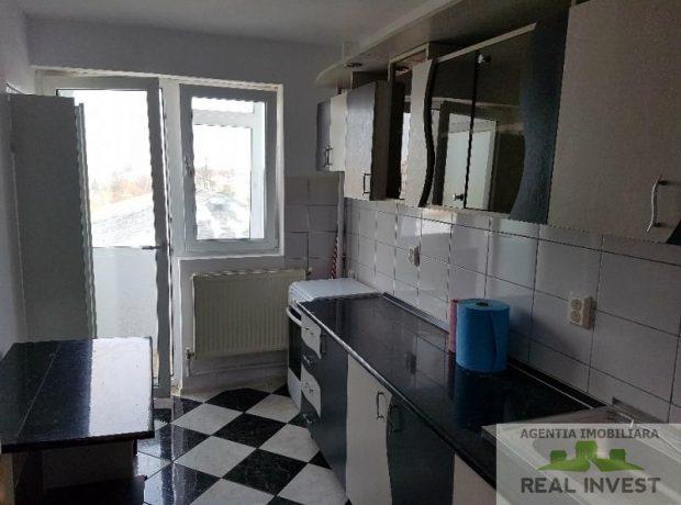 Vanzare apartament 2 camere decomandate, Strada Domneasca