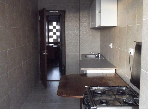 Inchiriere apartament 1 camera cu centrala, bloc zona Albatros