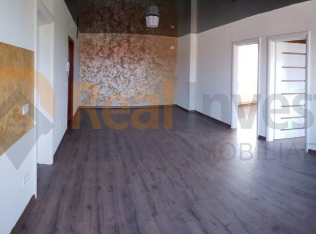 Vanzare apartament 2 camere bloc nou 2018