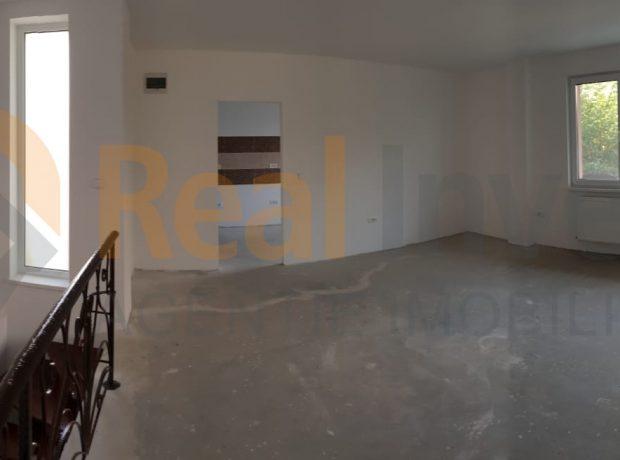 Vanzare apartament 3 camere bloc nou 2018