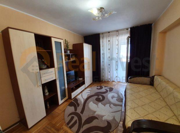 Vanzare apartament 2 camere decomandate in Mazepa 1, 55 mp