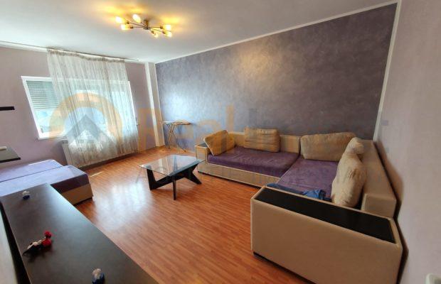 Apartament 3 camere mobilat si utilat cu centrala