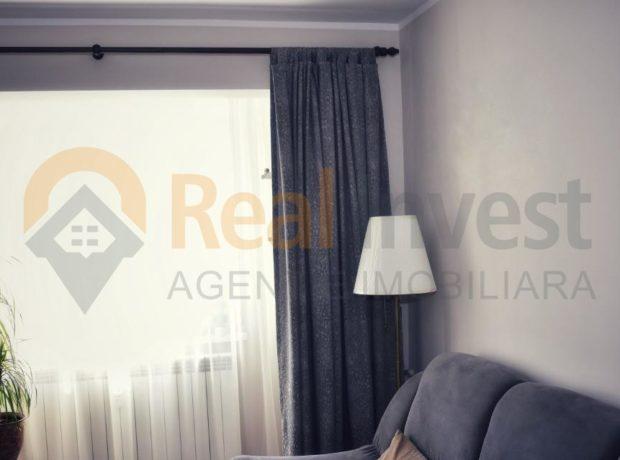 Vanzare apartament renovat cu 2 cam in Micro 39