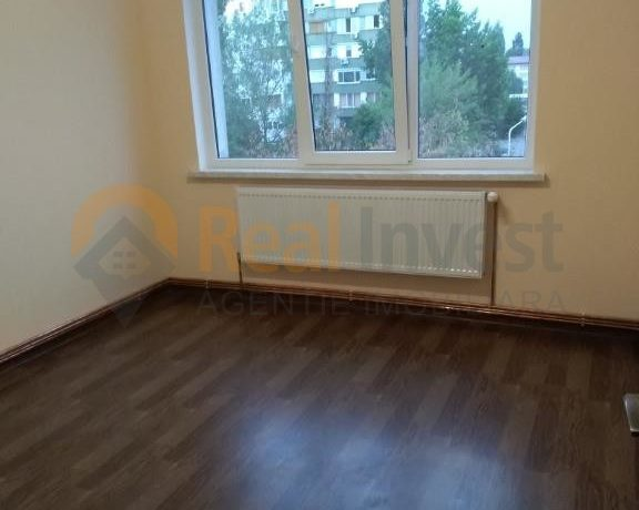 De vânzare apartament renovat cu 2 cam Țiglina 2