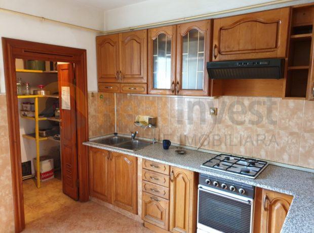 De vânzare apartament cu 3 camere, dec. 4/8 Micro21