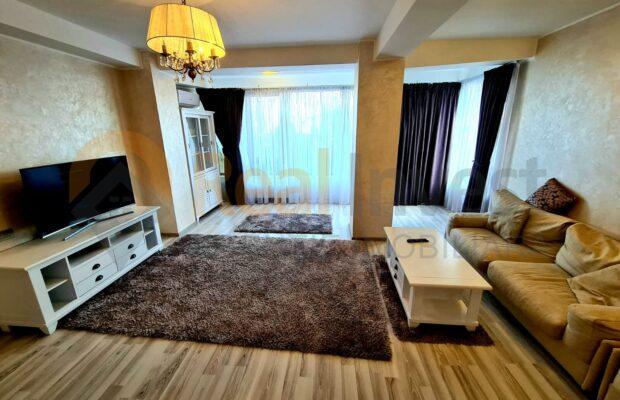 De vânzare apartament cu 3 camere Faleză