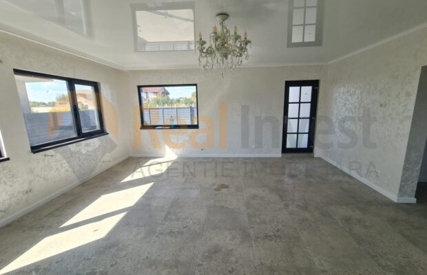 Casa noua de vanzare cu 3 camere in Vanatori, DN26